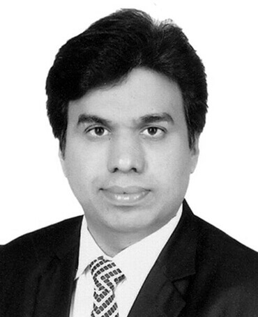 Advocate Darshan Modi is the legal handler at the renal project